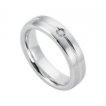 Gentlemen's Wedding Band in White Gold with a Single Diamond