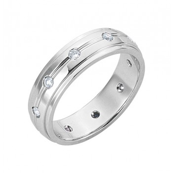 Gentlemen's White Gold Band with High Polish Edges and Diamonds